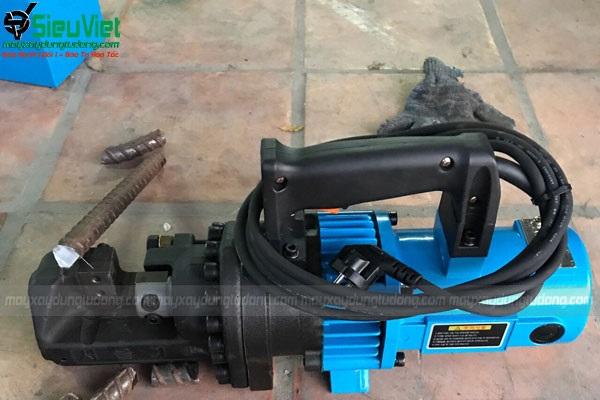 Hướng dẫn sử dụng máy cắt sắt thủy lực cầm tay
