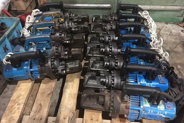 Máy cắt sắt thủy lực cầm tay cũ D25, D32